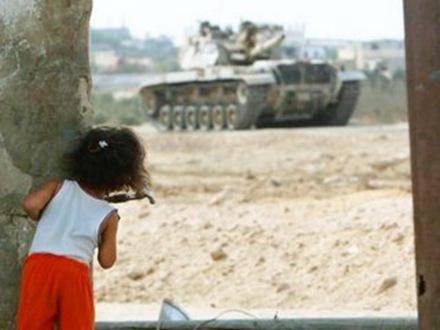 nena_palestina_tanque_israel